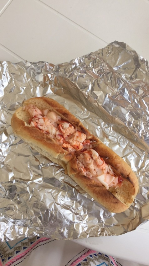 lobster landing lobster roll