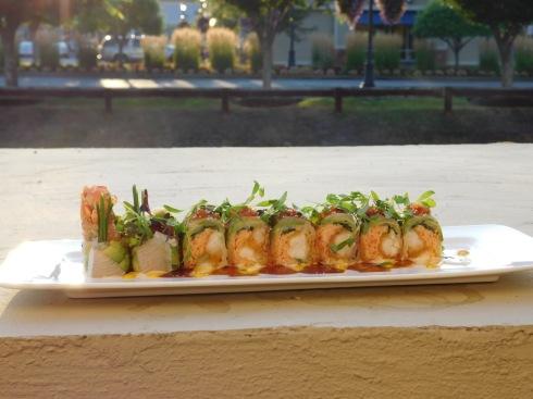 Feng sushi roll