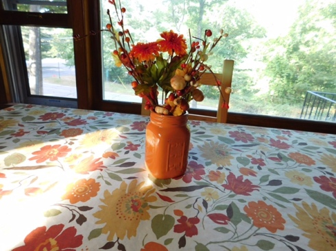 fall-decor-kitchen-table-091516